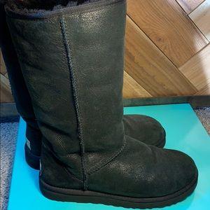 UGG Australia classic black shimmer boot sz8